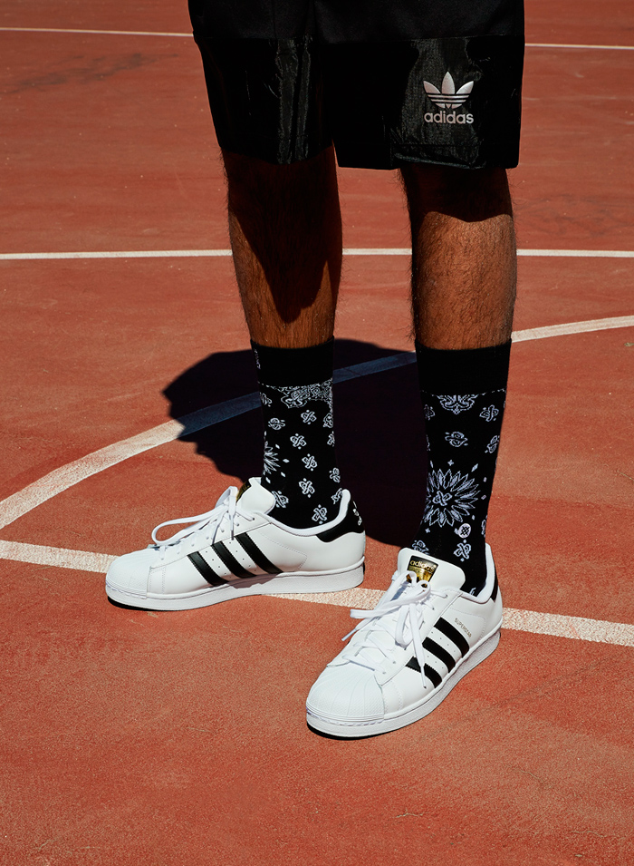 calze adidas alte outfit