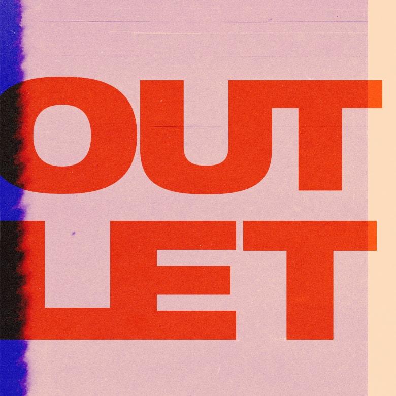 Outlet  37a4a9025d82